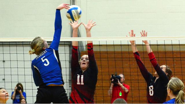 high school girls volleyball players