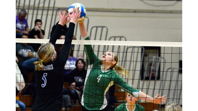 Shelby Zomermaand with a block on Saturday night against Miller