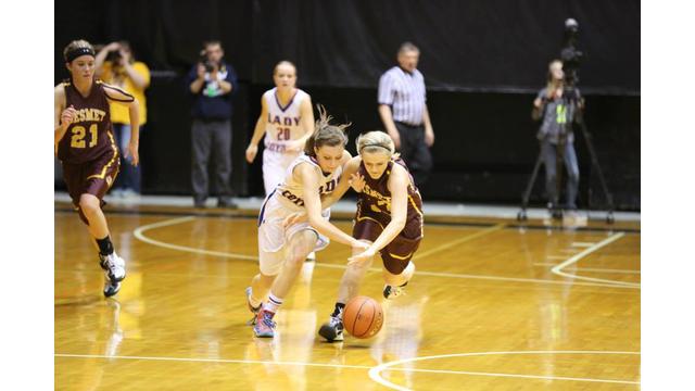 HS girls basketball players