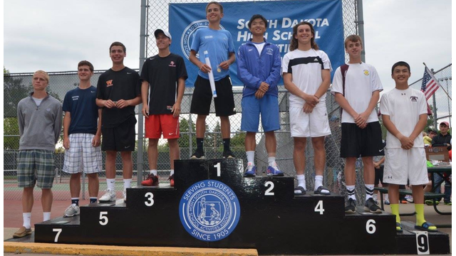 Boys tennis winners