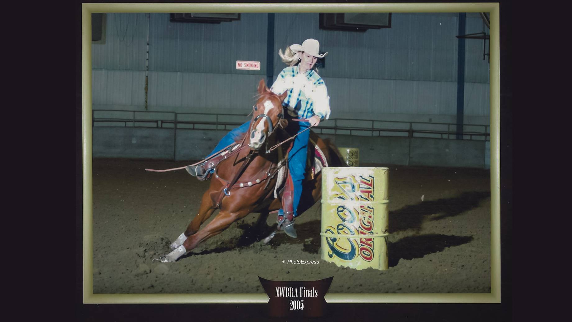 2005 photo of barrel racer Terri Kissack