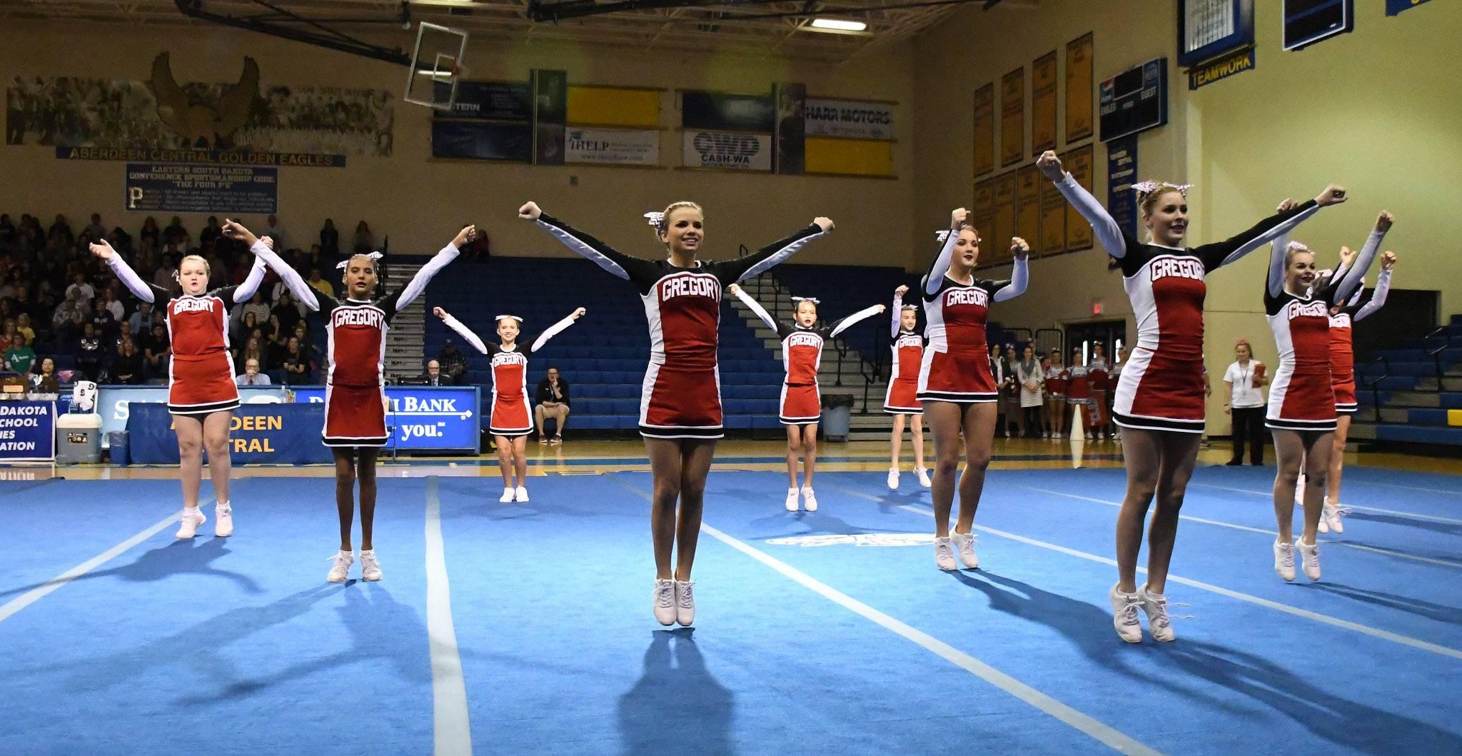 Gregory cheer team