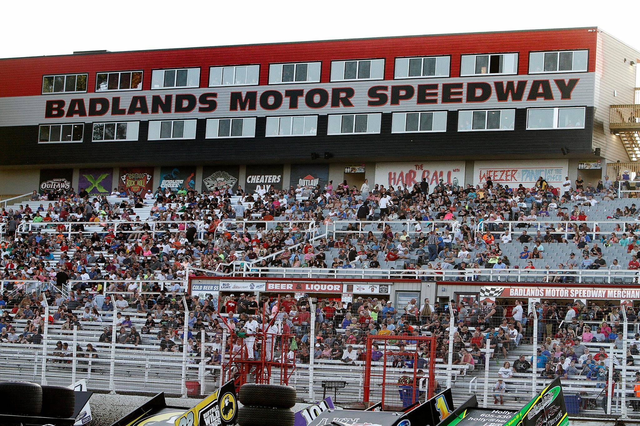 Badlands Motor Speedway, Brandon SD