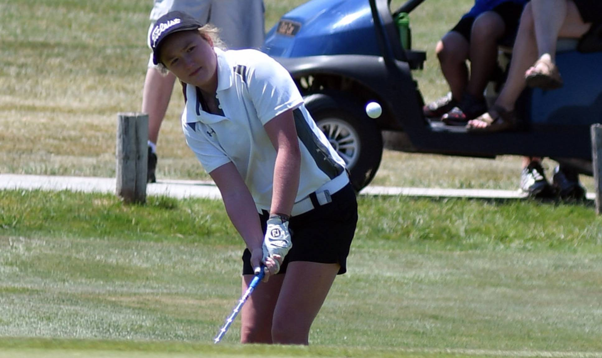 HS girls golf player