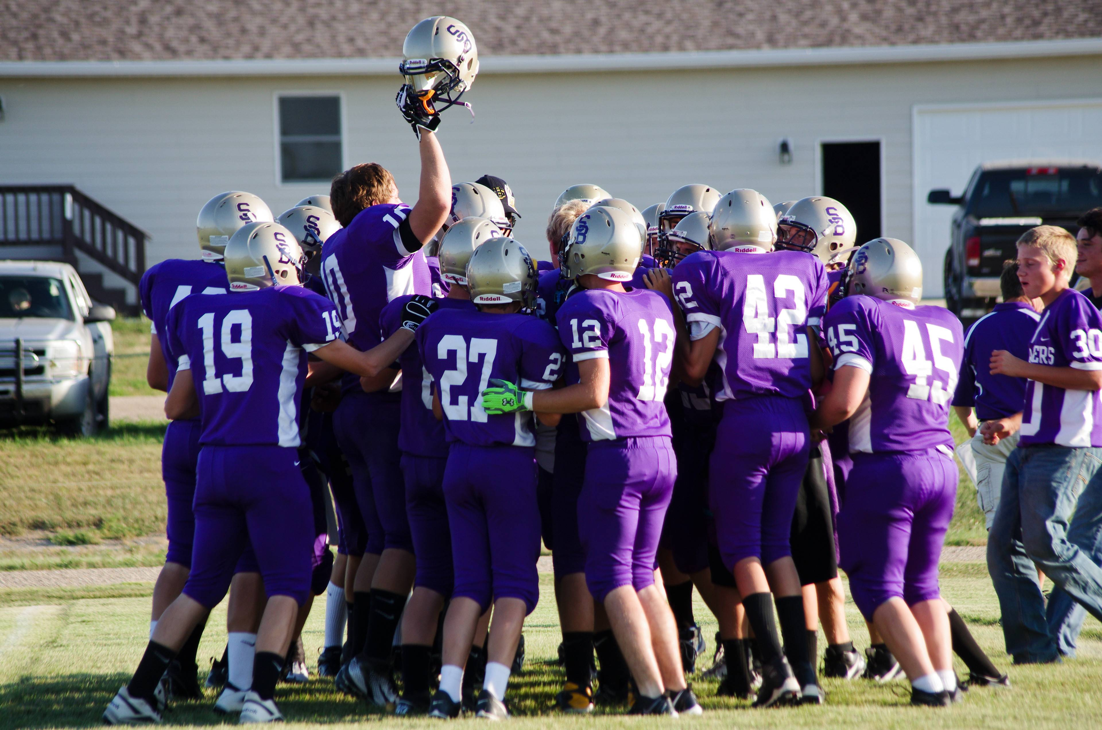 Sully Buttes football team