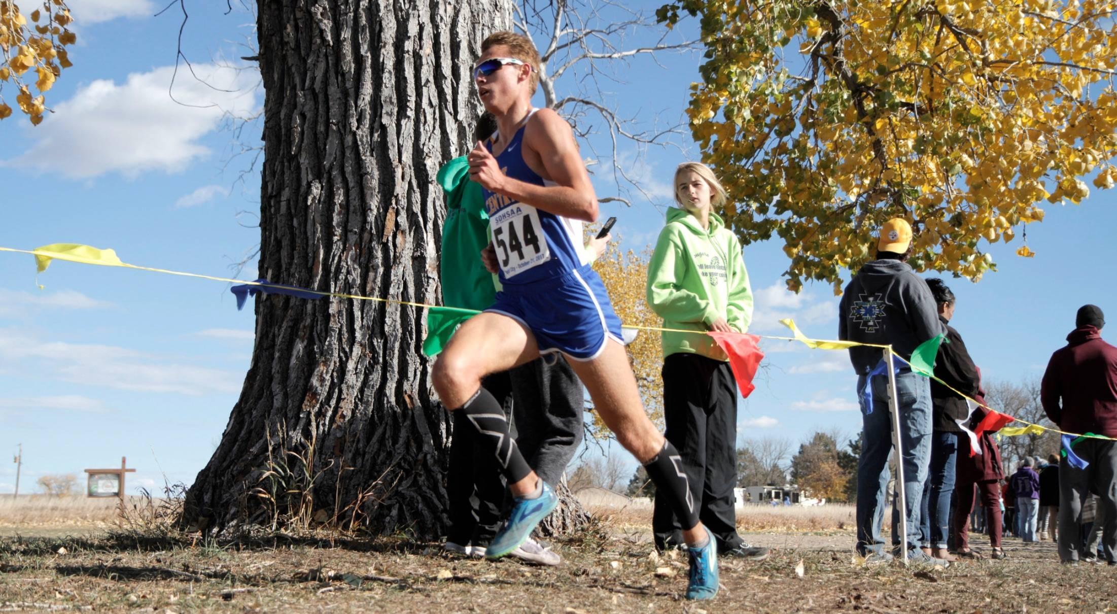 Photo of Derick Peters running