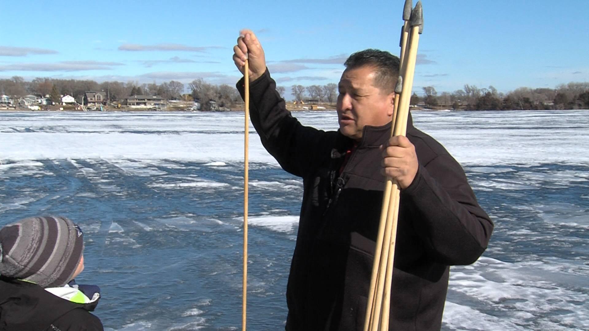 Mike Marshall teaches paslohanpi (javelins).