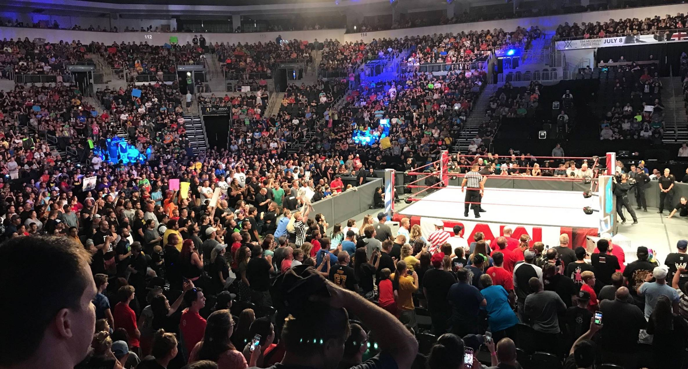 Monday Night RAW, Sioux Falls