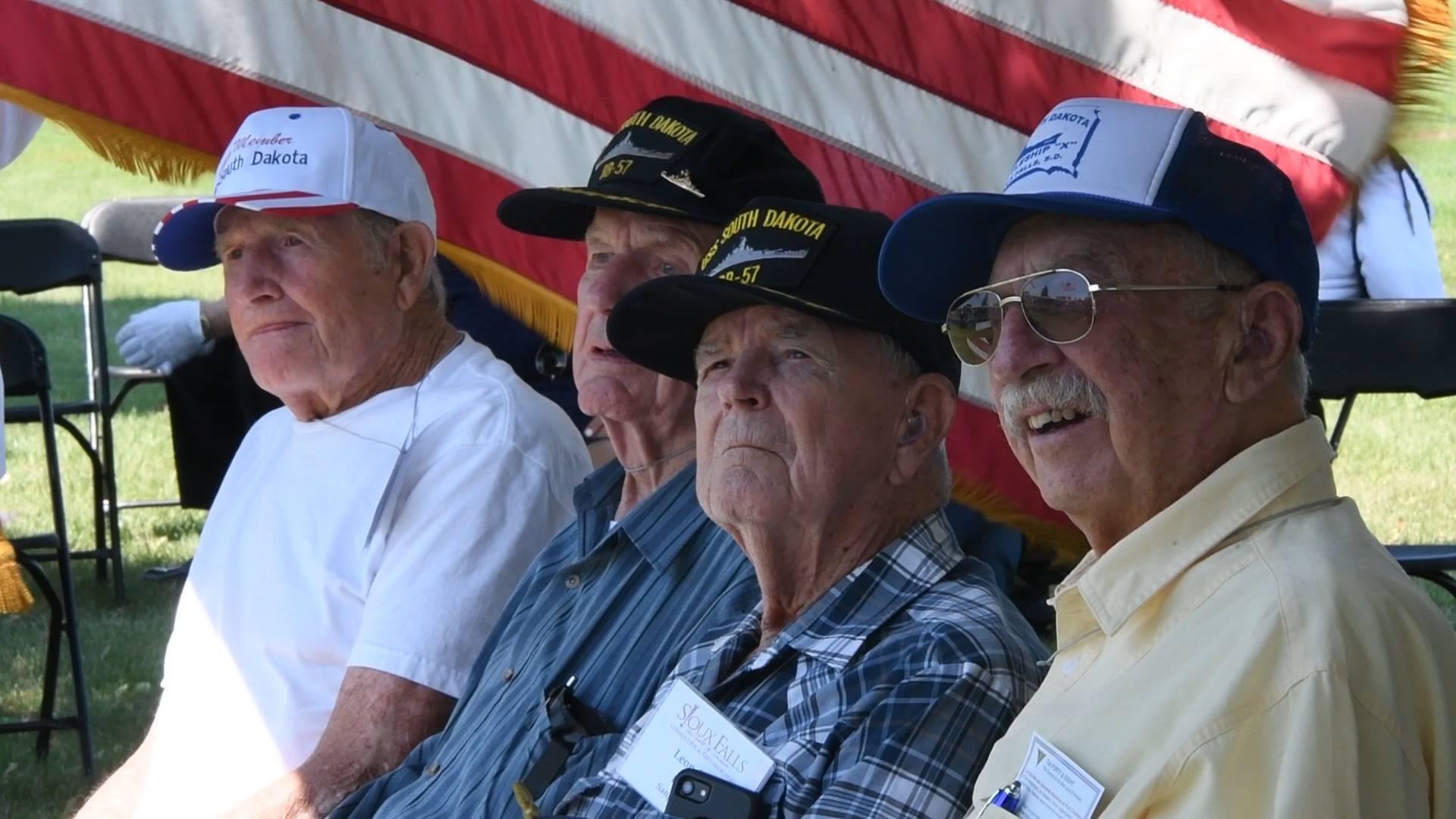 Four former crewmen from World War II