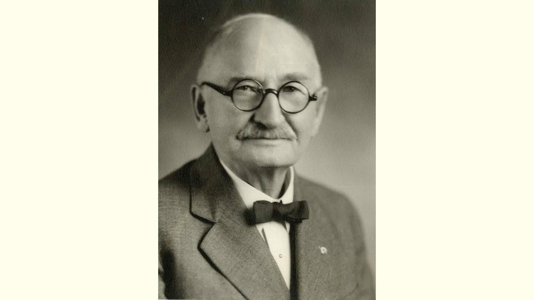 George V. Ayres