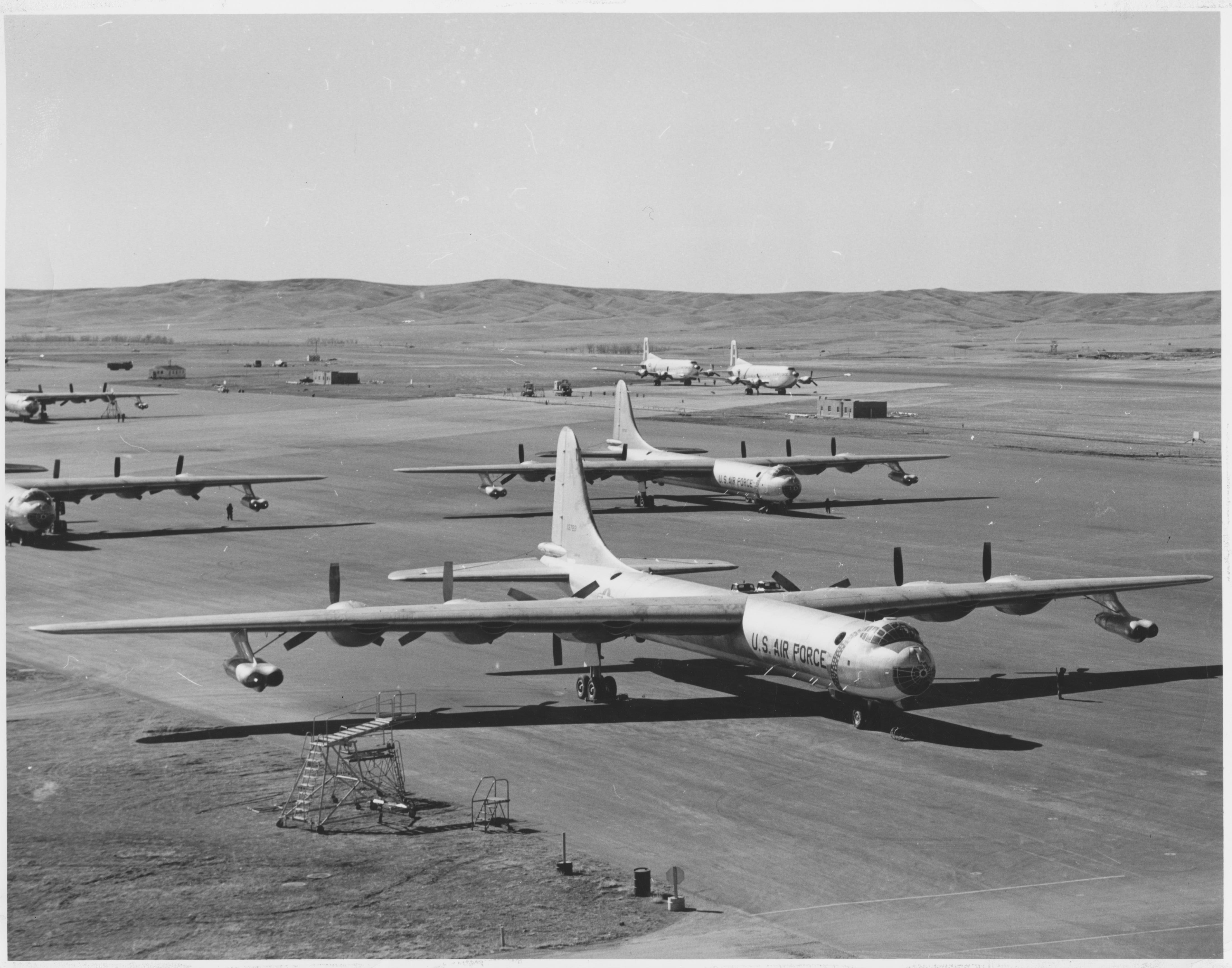 Image - 7) RB-36H 51-13729 & 51-13727 bombers and C-124s at EAFB  (1).jpg