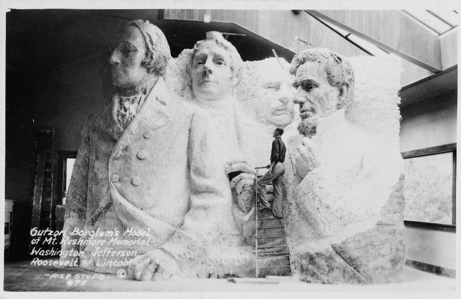 Image - Gutzon_Borglum's_model_of_Mt._Rushmore_memorial.jpg