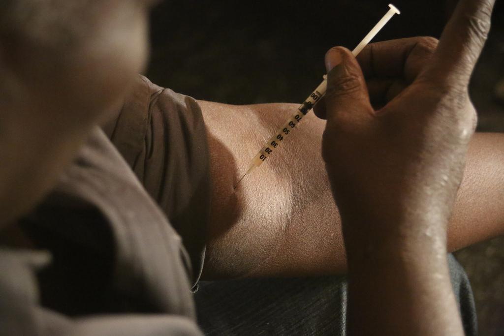 Image - Injecting Heroin.jpg
