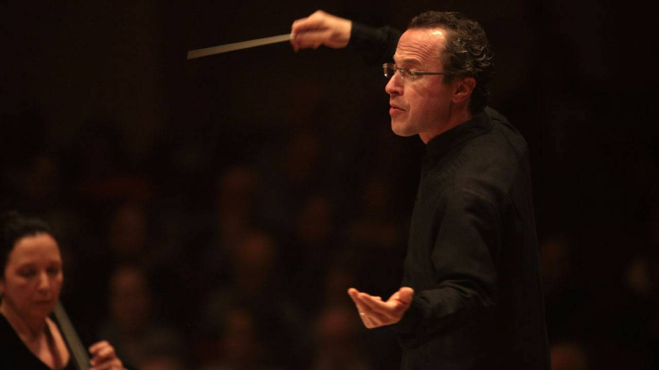David Alan Miller conducts the Albany Symphony