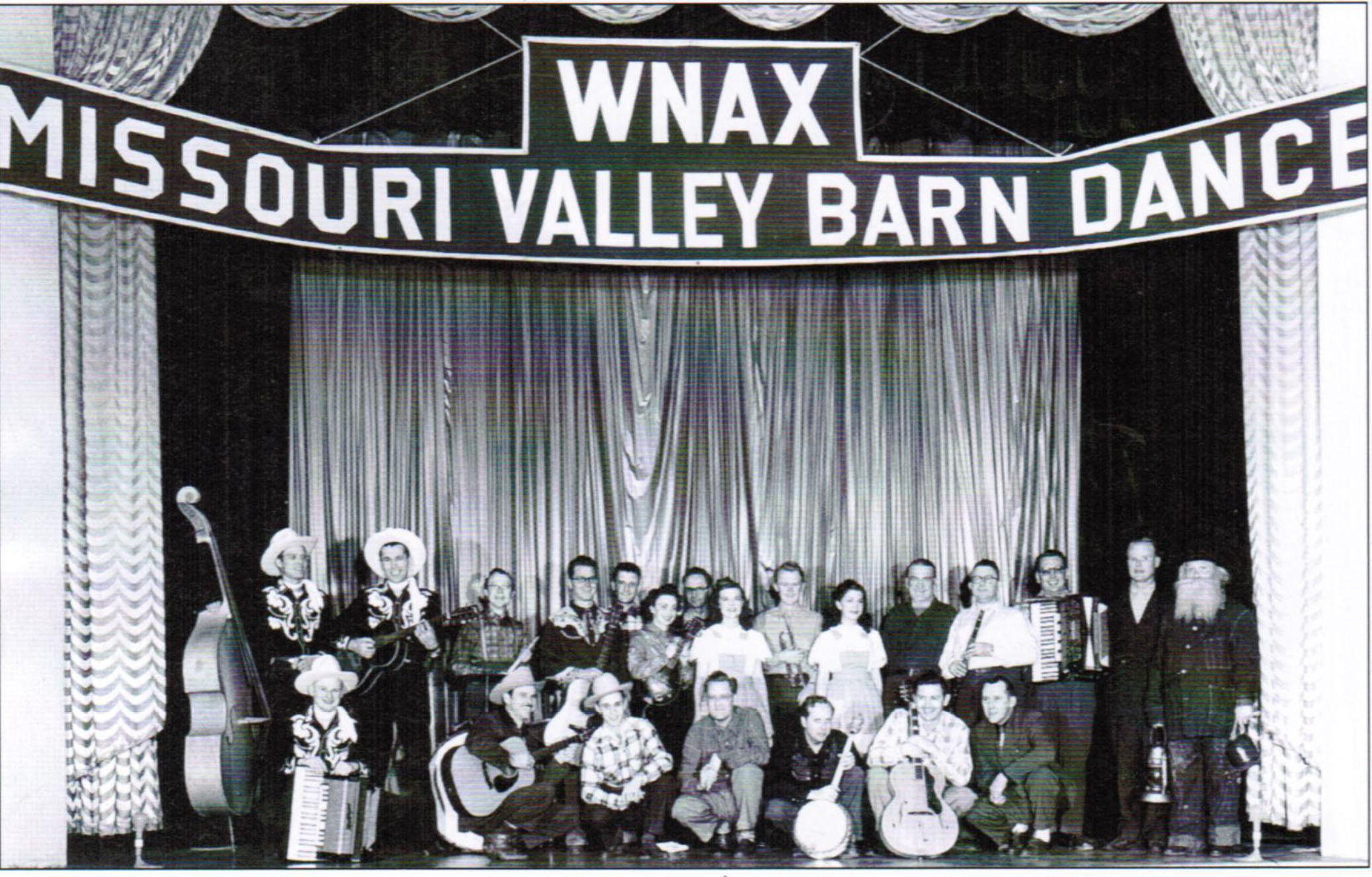 Image - Barn Dance Group 2.jpg