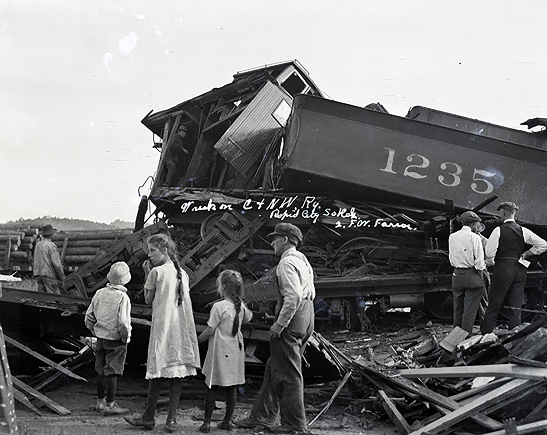 Image - wreck on the railroad13.jpg