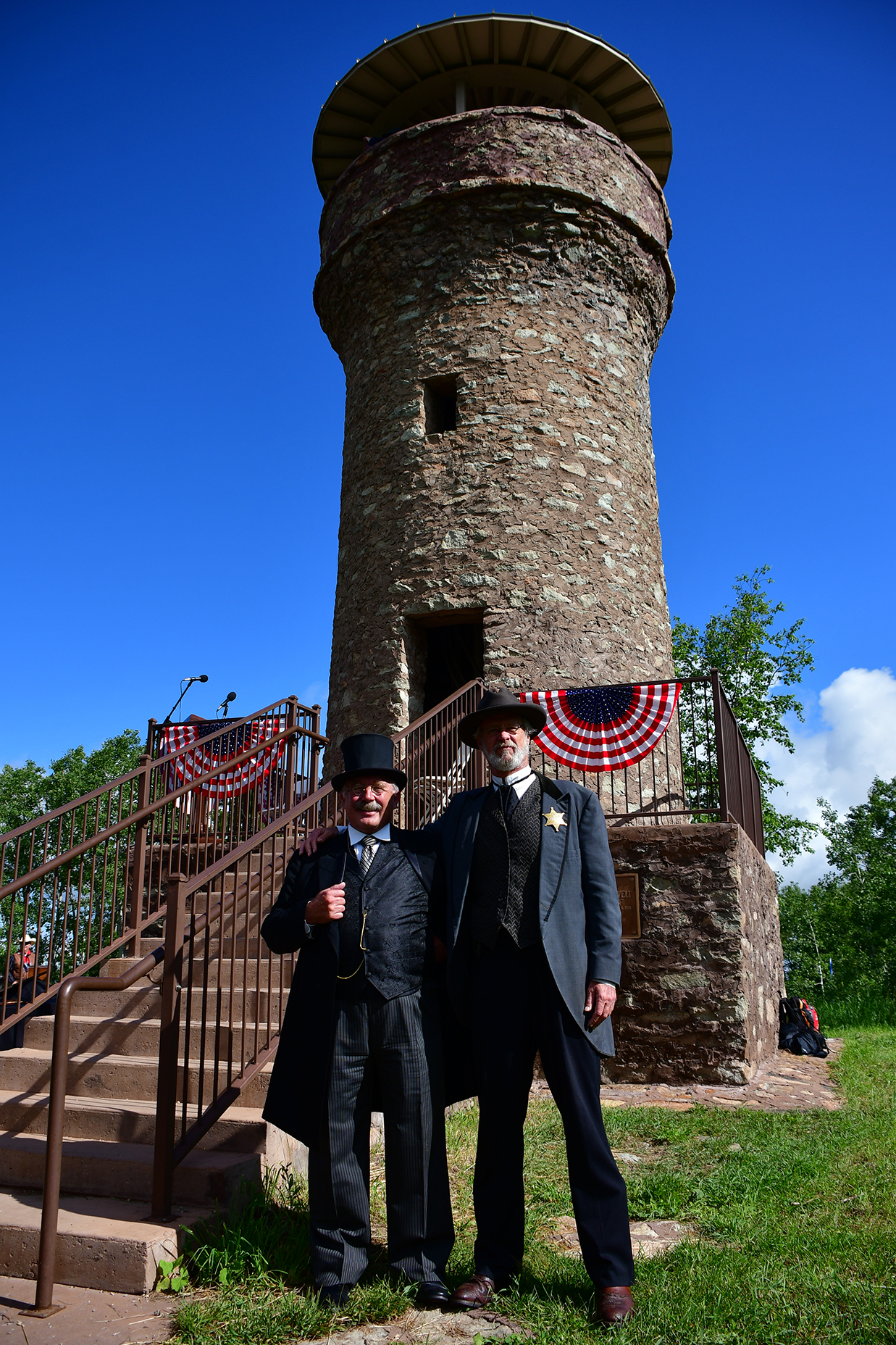 Image - FriendshipTower-reenactors.jpg