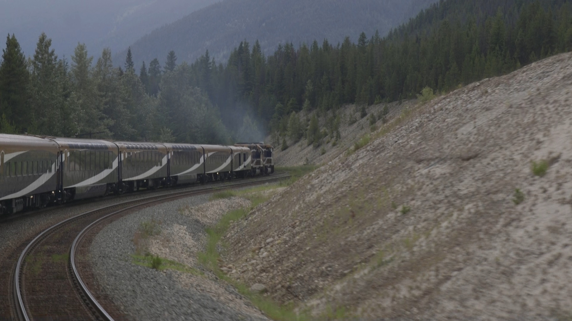 The Rocky Mountaineer makes its way to Kamloops.