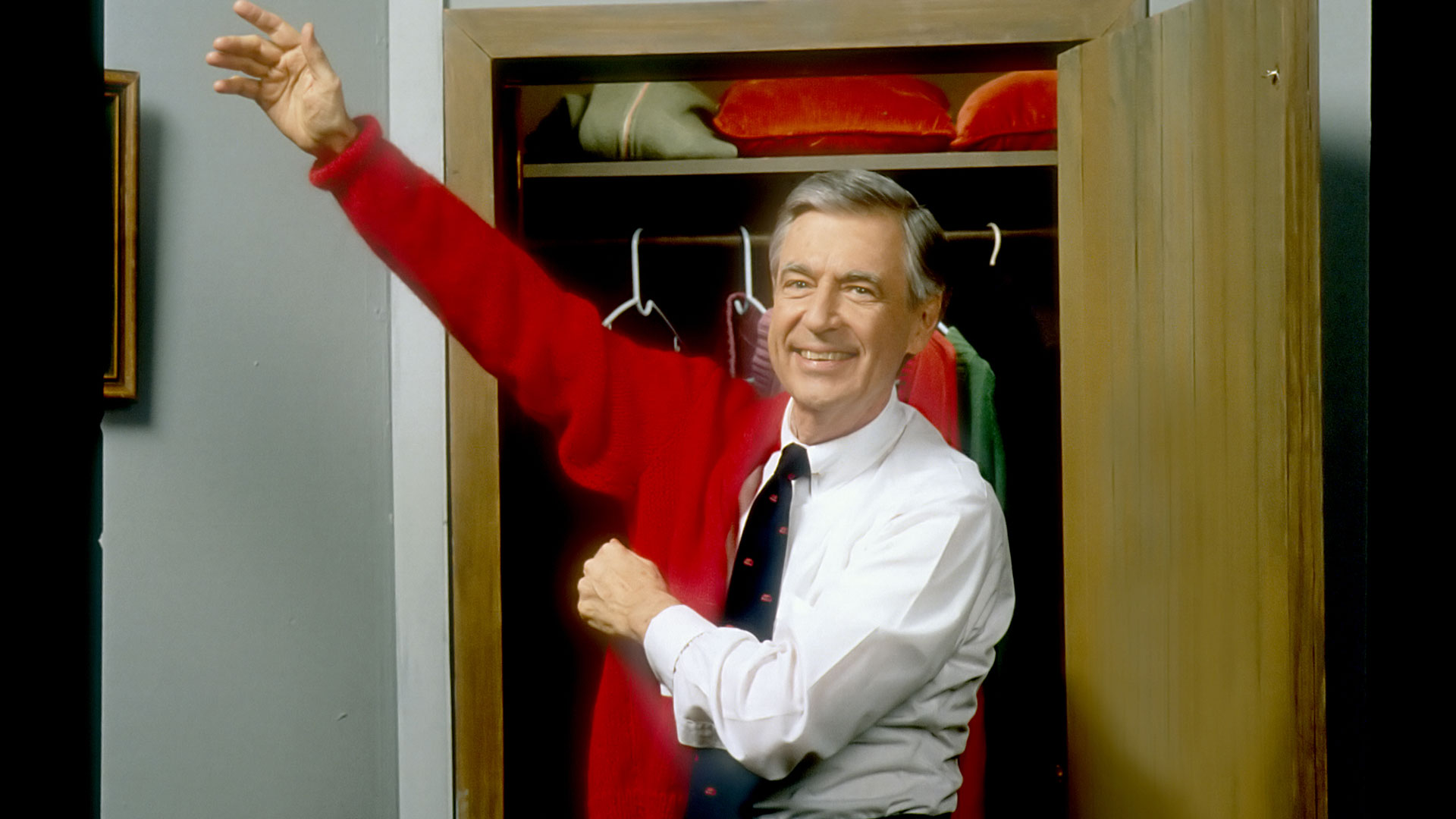picture A Celebrity-Filled 50th Anniversary Tribute to Mr. Rogers Will Air on PBS in March
