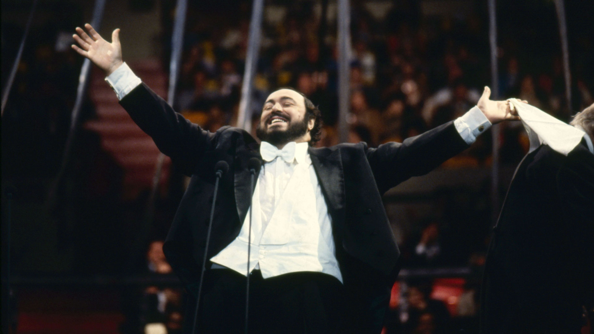 Great Performances: Pavarotti: A Voice for the Ages