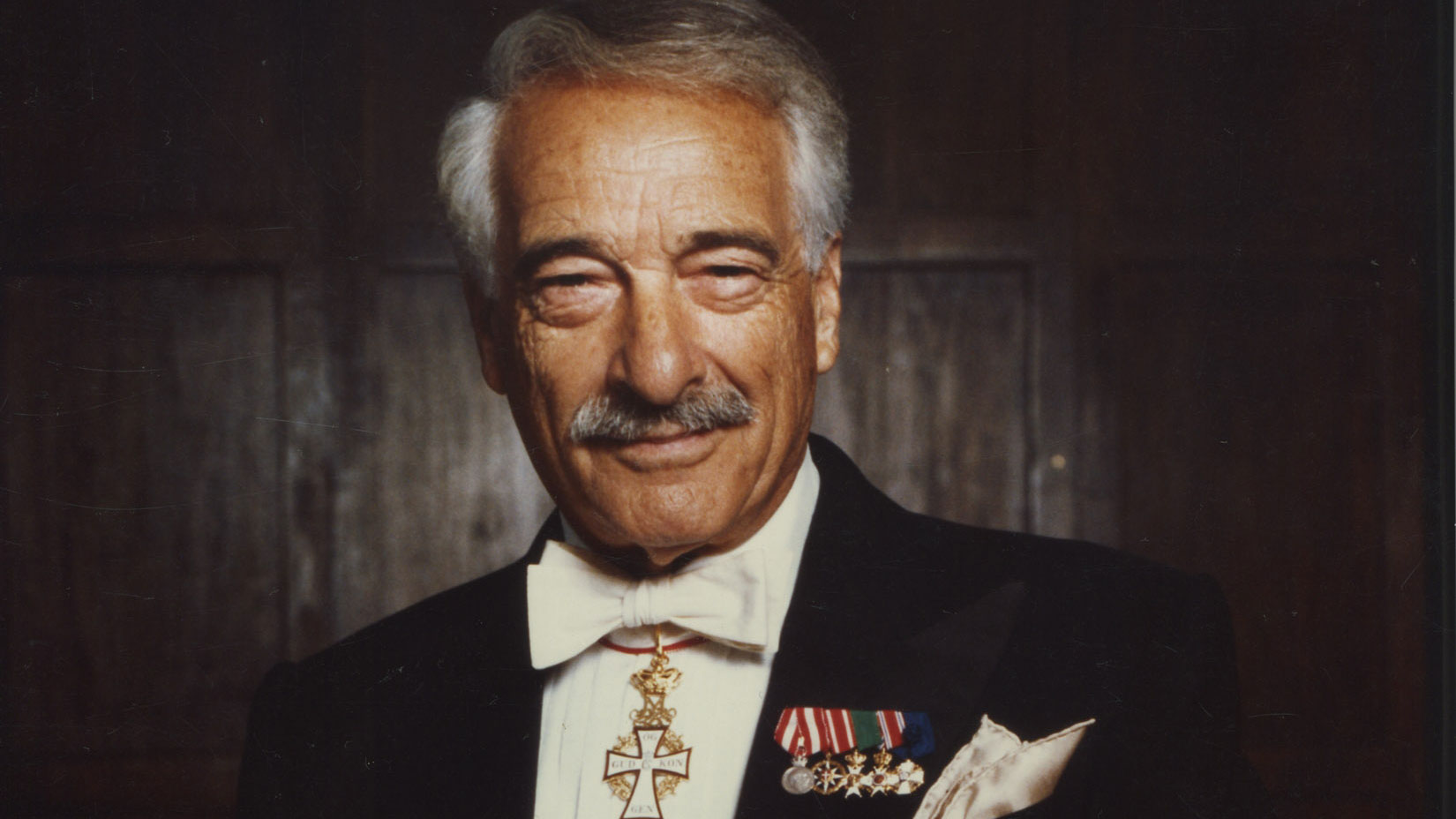Victor Borge - 100 Years Of Music and Laughter