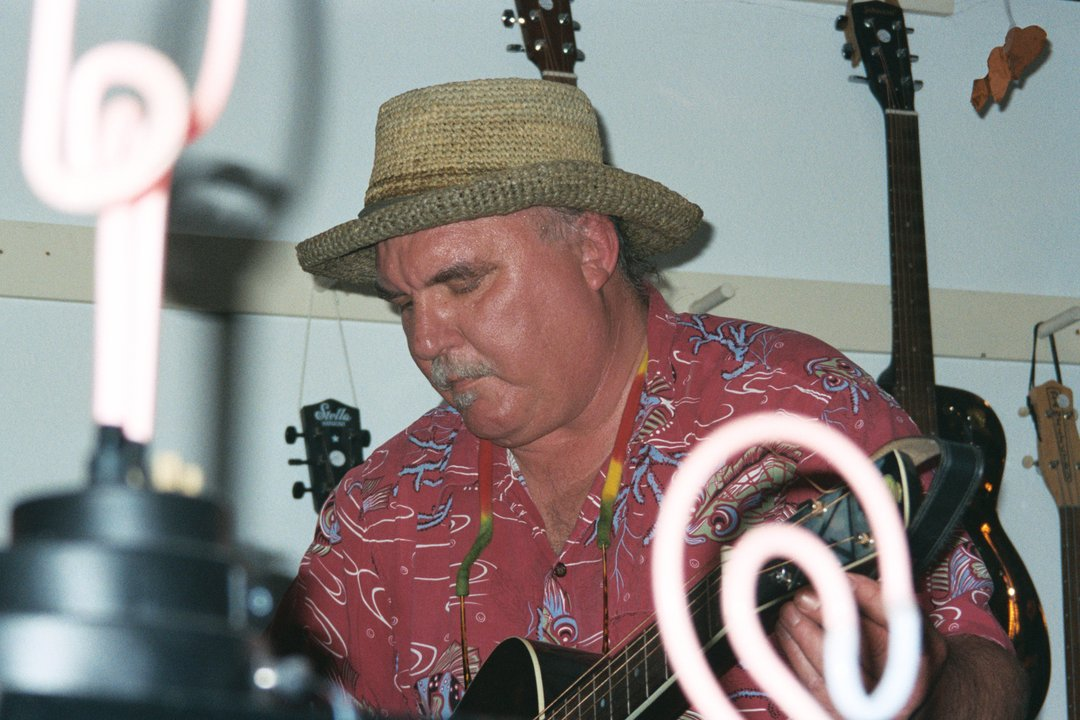 Frank Chiavernini plays guitar Hot Club in Troy Montana