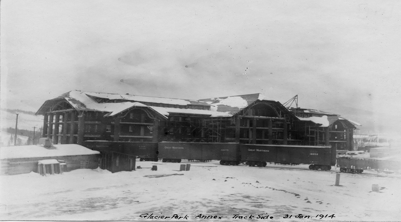 Glacier Park Hotel construction Credit: Minnesota Historical Society