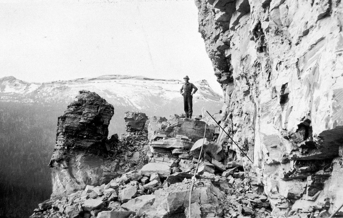 Start of Going-to-the-Sun Road construction Credit: Glacier Park Archives