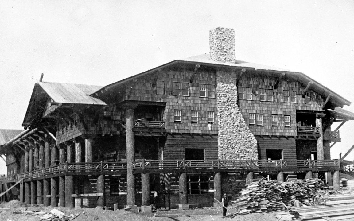 Glacier Park Hotel Credit: Glacier Park Archives