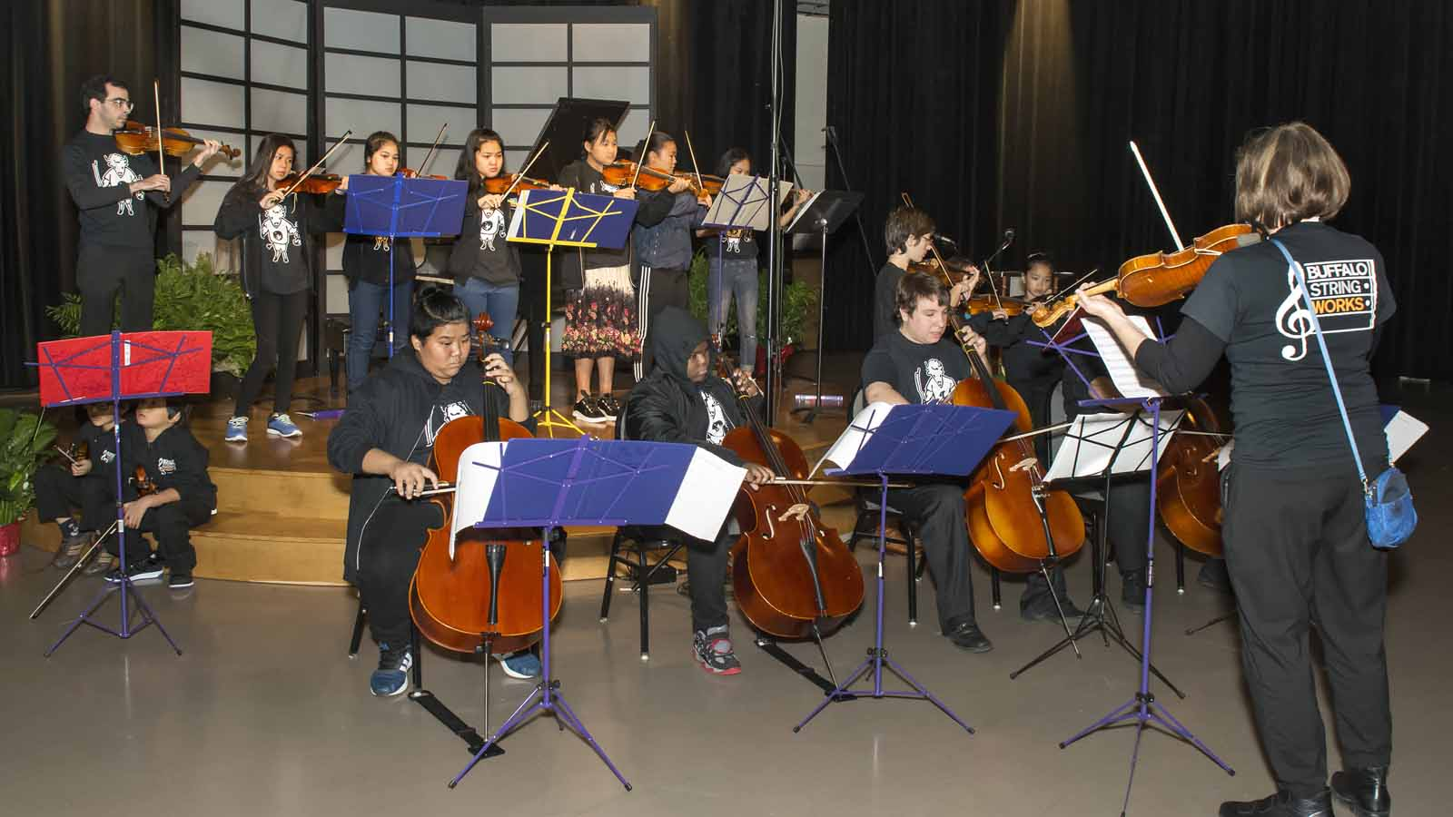 Buffalo String Works opened the concert.