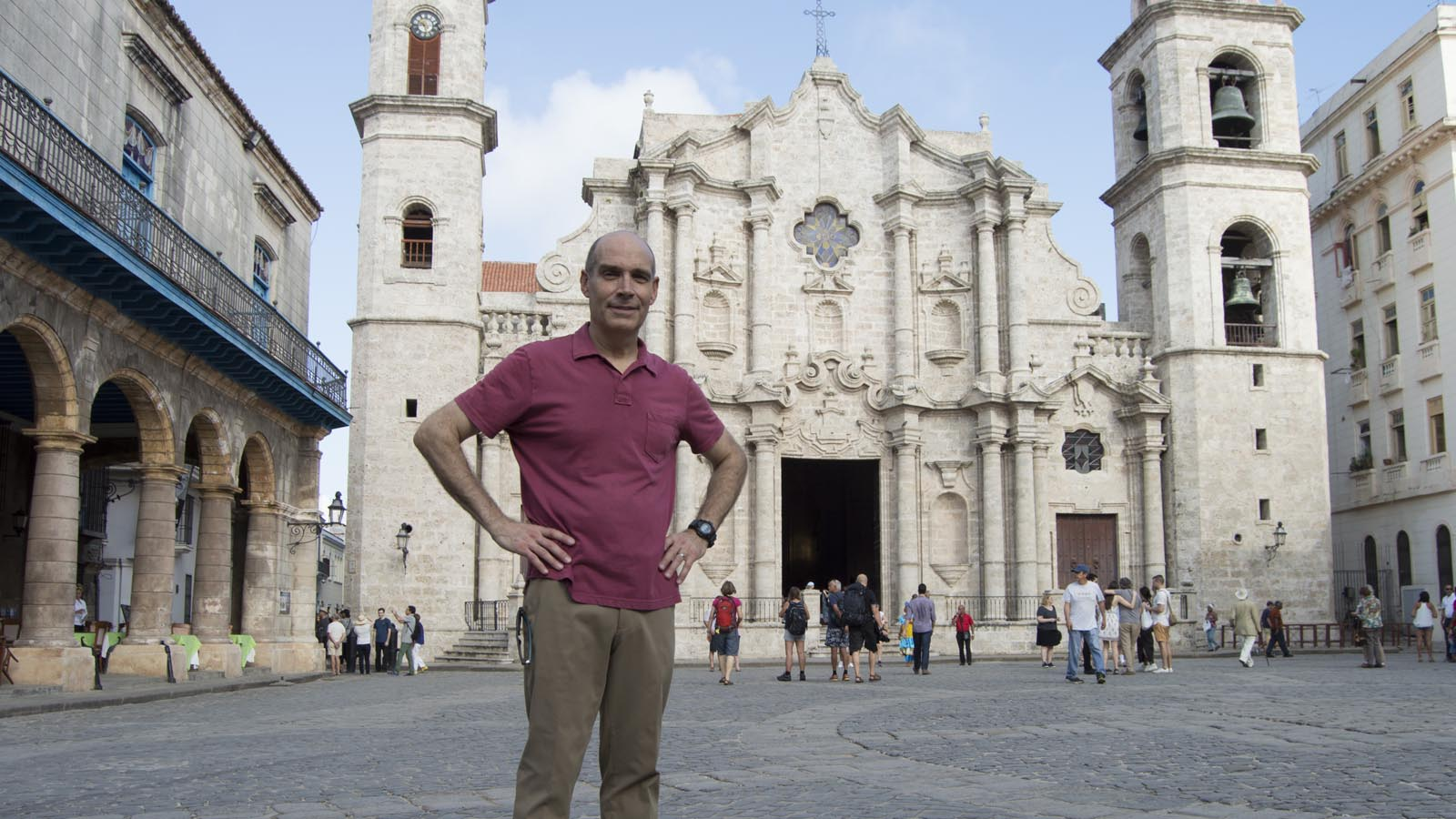 Geoffrey Baer at Plaza de la Catedral