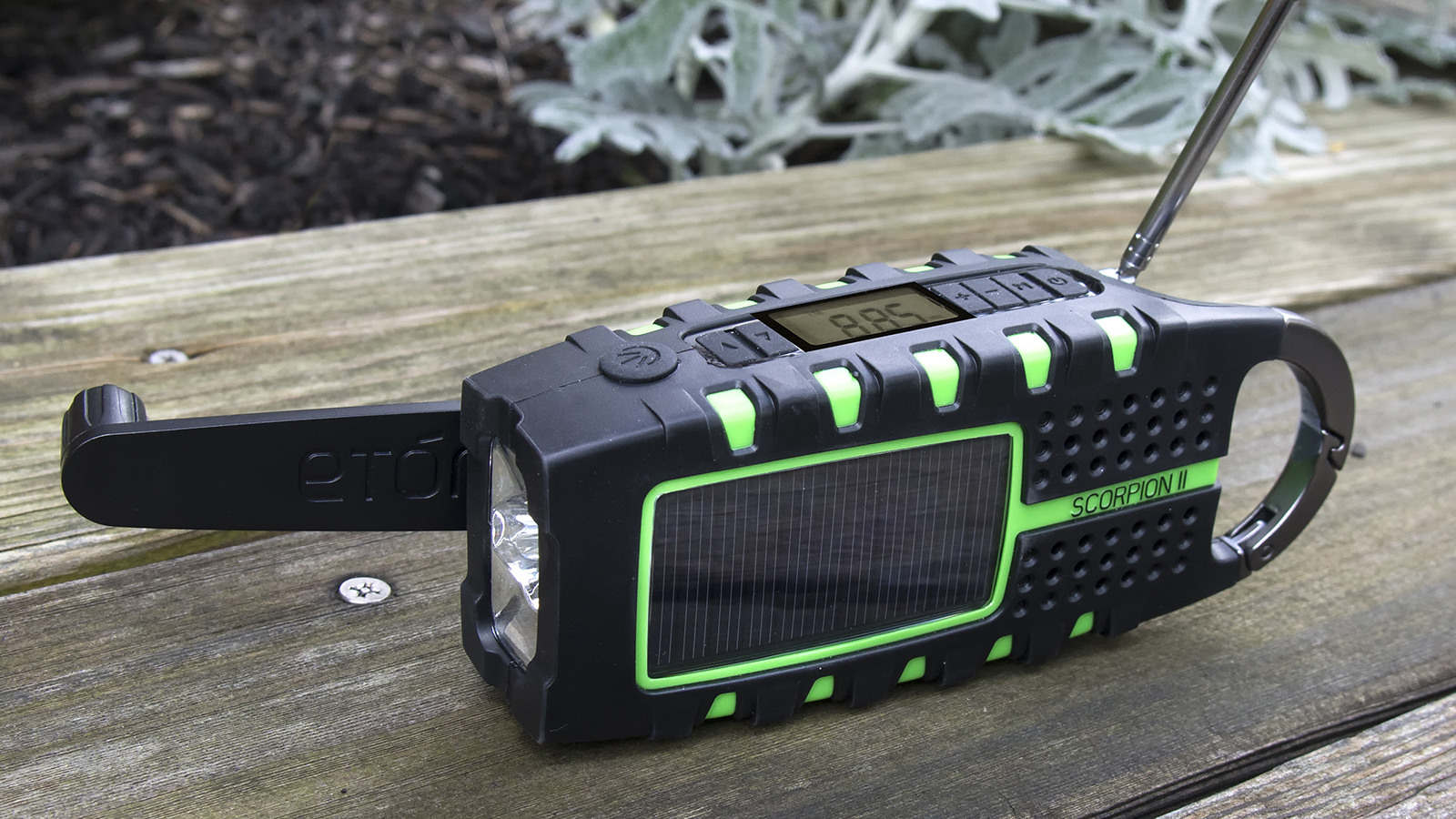 ETON Scorpion II Radio